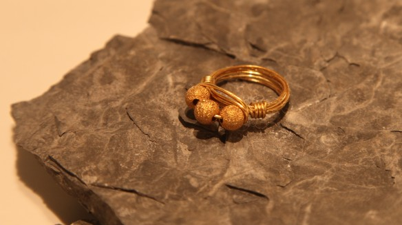 wire wrapped ring (brass non-tarnish, stardust gold)